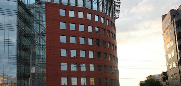 Тонировка фасадов зданий архитектурной пленкой
