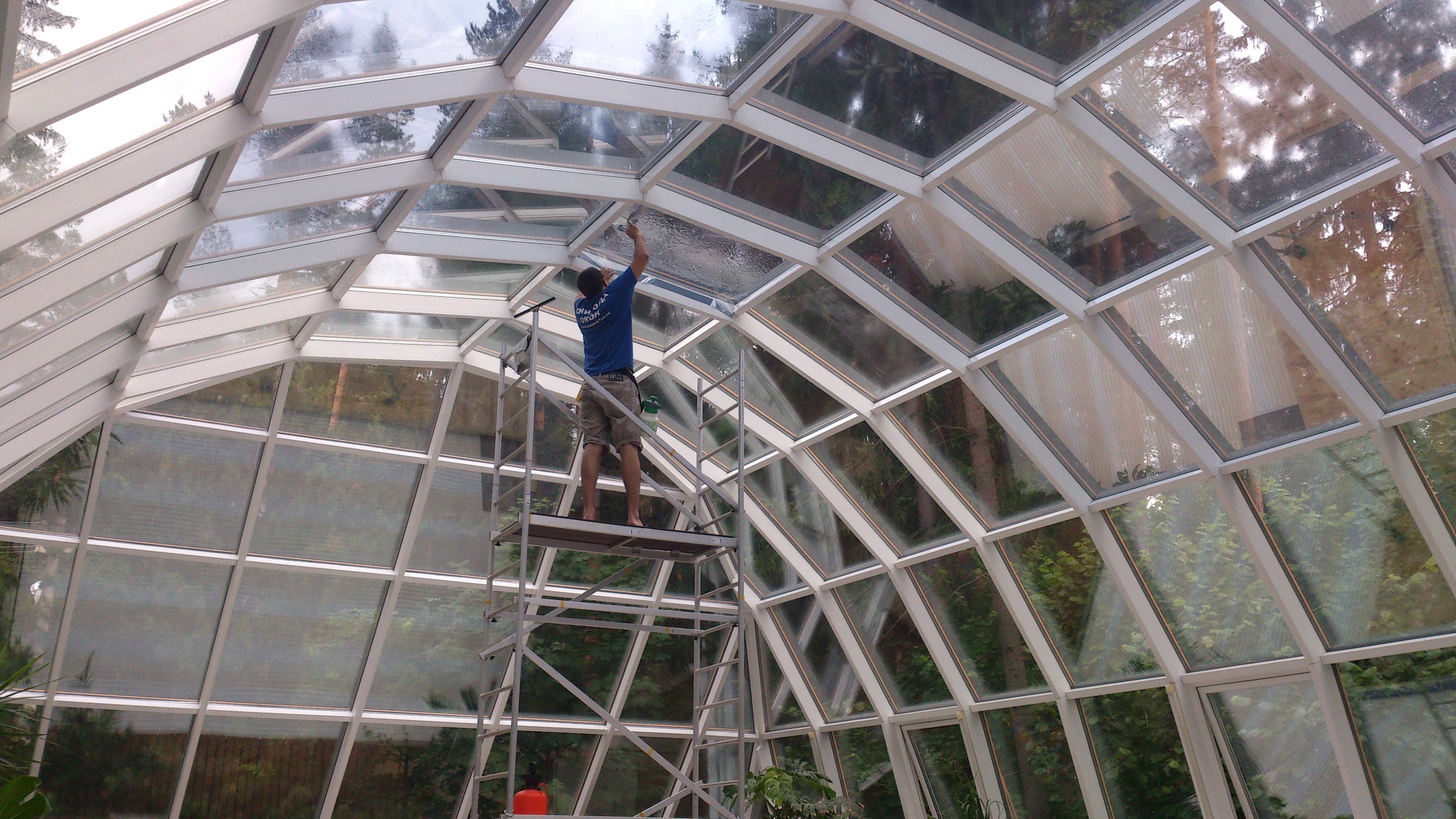 Тонирование окон загородного дома(бассейна) солнцезащитной плёнкой Silver 35